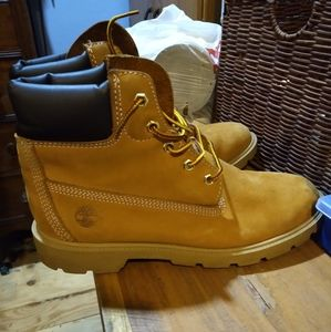 TIMBERLAND BOYS/MENS 6.5 BOOTS